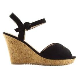 Sandałki na korkowym koturnie czarne 3811 4