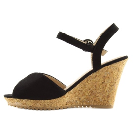 Sandałki na korkowym koturnie czarne 3811 3