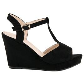 Bella Star Zamszowe sandały na koturnie czarne 6