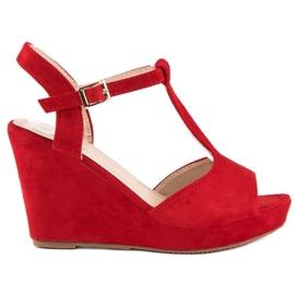 Bella Star Zamszowe sandały na koturnie czerwone 6