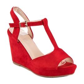 Bella Star Zamszowe sandały na koturnie czerwone 7
