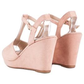 Bella Star Zamszowe sandały na koturnie różowe 3