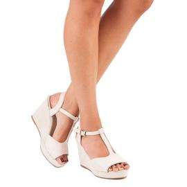 Bella Star Zamszowe sandały na koturnie beżowy 7