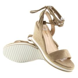 Sandałki na koturnie beżowe JH630 khaki beżowy 1