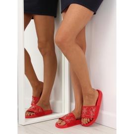 Klapki damskie czerwone 883 Red 1
