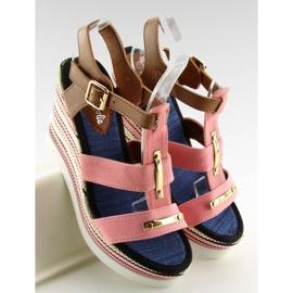 Sandałki na koturnie różowe YQ05 Pink 3