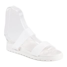 Białe klapki damskie 4