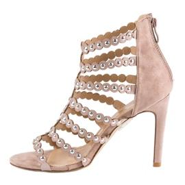 Różowe sandały na szpilce wielokolorowe 1
