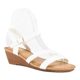 Bello Star Wygodne sandały na koturnie białe 1
