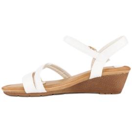 Bello Star Wygodne sandały na koturnie białe 2