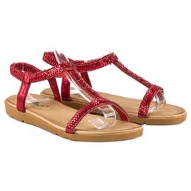 Fama Czerwone Sandały Z Gumką 3