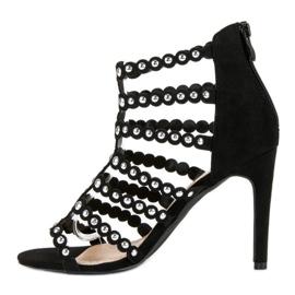 Czarne sandały na szpilce 2
