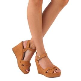 Bello Star Brązowe sandały na koturnie wielokolorowe 5