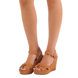 Bello Star Brązowe sandały na koturnie wielokolorowe 4