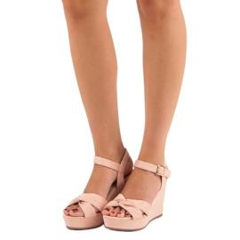 Bello Star Różowe sandały na koturnie 6