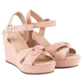 Bello Star Różowe sandały na koturnie 5