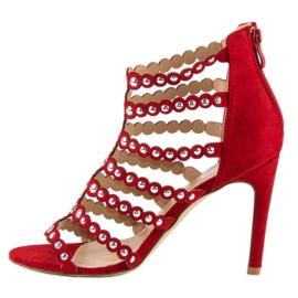 Czerwony sandały na szpilce czerwone 2