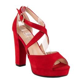 Sandały na wysokim słupku czerwone 1