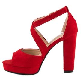 Sandały na wysokim słupku czerwone 2