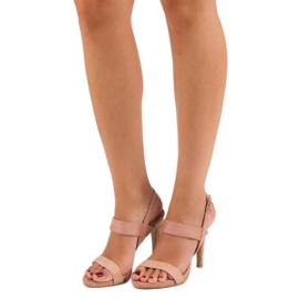 Sandałki na szpilce vinceza różowe 5