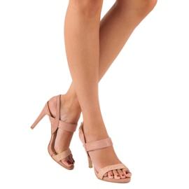 Sandałki na szpilce vinceza różowe 6