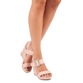 Bello Star Zamszowe sandały na koturnie różowe 1