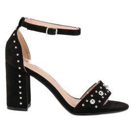 Wygodne sandały na słupku czarne 1
