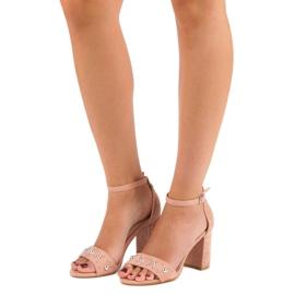 Wygodne sandały na słupku różowe 5