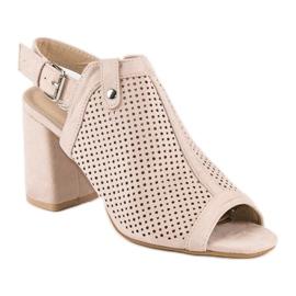 Ażurowe sandały z cholewką brązowe 3