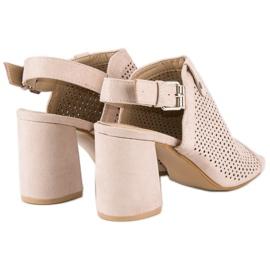 Ażurowe sandały z cholewką brązowe 5