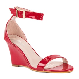 Lakierowane sandałki na koturnie czerwone 1