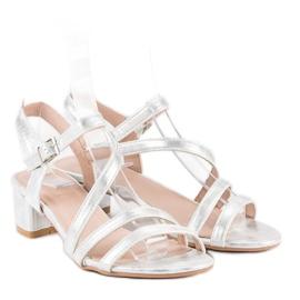Ideal Shoes Sandały na płaskim obcasie szare 5