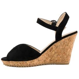 Sandały na korkowej koturnie czarne 3
