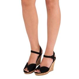 Sandały na korkowej koturnie czarne 6