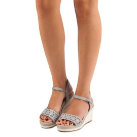 Ideal Shoes Szare espadryle na koturnie 6