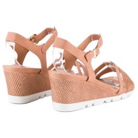 Ideal Shoes Różowe sandały na koturnie 2