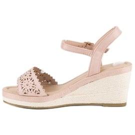 Ideal Shoes Beżowe espadryle na koturnie beżowy 2