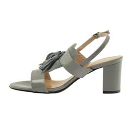 Sandały z frędzelkami Sagan 53224 szare 2