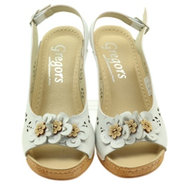 Sandały Na Koturnie Gregors 648 białe 4