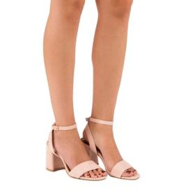 Różowe Zamszowe Sandały 1