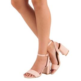 Różowe Zamszowe Sandały 2