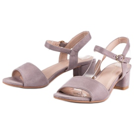 Ideal Shoes Zamszowe sandały na niskim obcasie fioletowe 6
