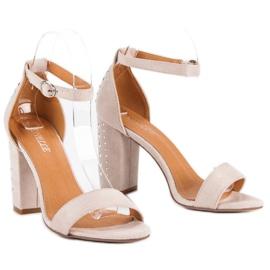 Bestelle Eleganckie sandały na słupku brązowe 5