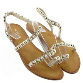 Sandałki asymetryczne z perełkami 1248 białe 3