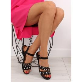 Sandałki na płaskiej podeszwie czarne 99-19 5