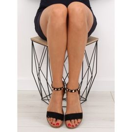 Sandałki z ćwiekami czarne 117-11 black 1