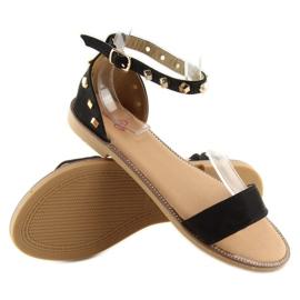Sandałki z ćwiekami czarne 117-11 black 6