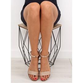 Sandałki z ćwiekami beżowe 117-11 beige beżowy 1