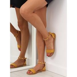 Sandałki z ćwiekami żółte 117-11 Yellow 3