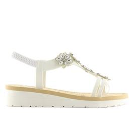 Sandałki damskie bardzo wygodne białe 981 4